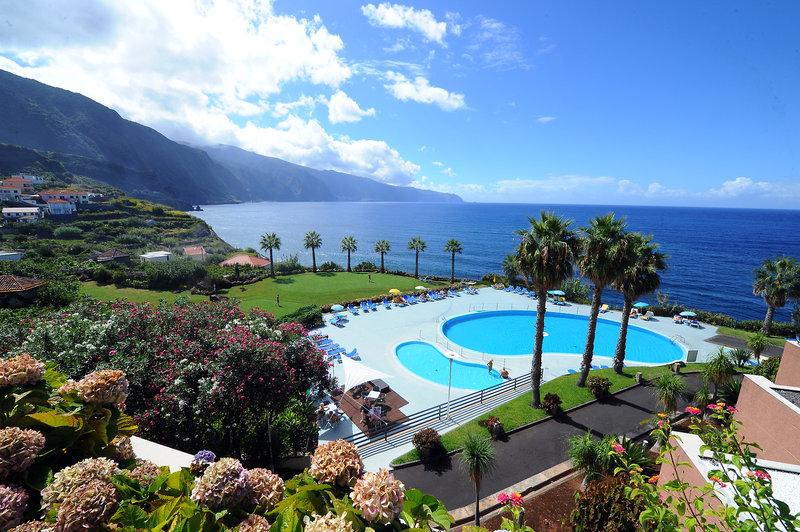 Ponta Delgada (Insel Madeira) ab 347 €