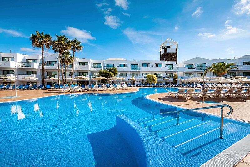 Costa Teguise ab 581 €