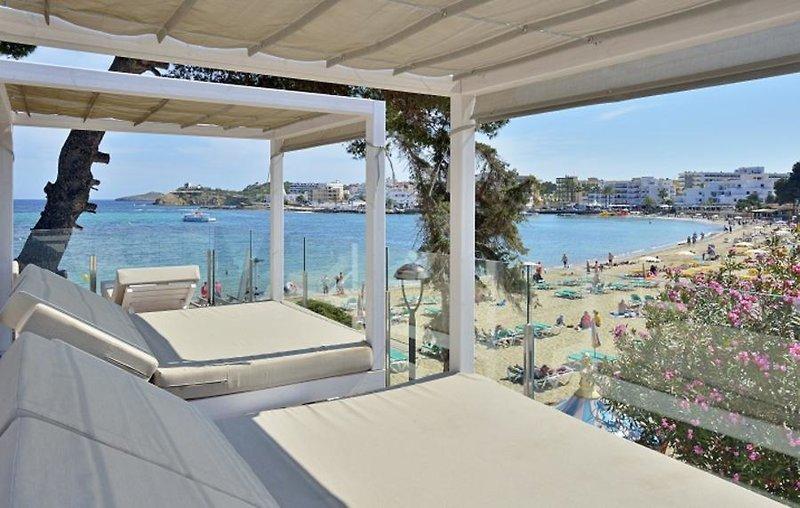 AluaSun Miami Ibiza Apartamentos in Es Canyar - Playa Es Canar (Es Cana) ab 416 €