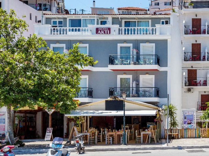7 Tage in Skiathos Stadt (Insel Skiathos) Akti Hotel