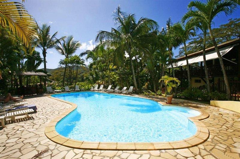 Grande Anse-Deshaies (Basse-Terre-Île Guadeloupe)