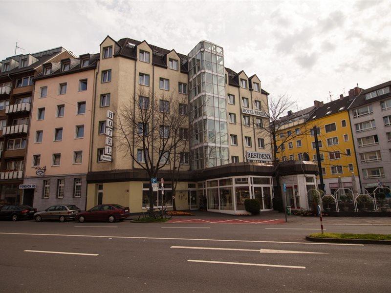 Residenz in Düsseldorf, Städte West