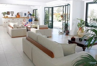 Hotel Asterias Village Resort Lounge/Empfang