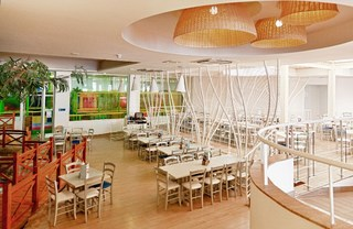 Hotel db Seabank Resort & Spa Restaurant