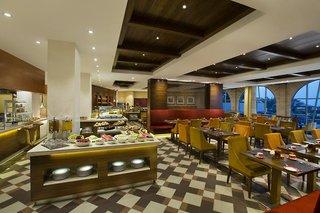 Hotel Hilton Al Hamra Beach & Golf Resort Restaurant