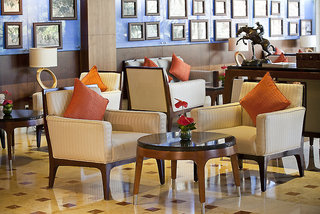 Hotel Habtoor Grand Resort, Autograph Collection Bar