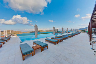 Hotel Royal Marmin Bay Boutique & Art Hotel - Erwachsenenhotel Pool