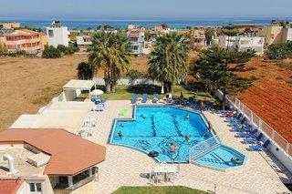 Hotel Manolis Apartments Pool