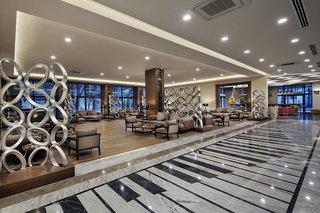 Hotel Nirvana Lagoon Luxury Lounge/Empfang