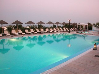 Hotel Mediterranean White Pool