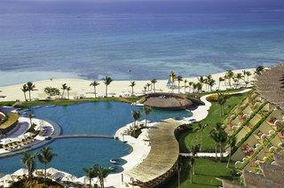 Hotel Grand Velas Riviera Maya Pool