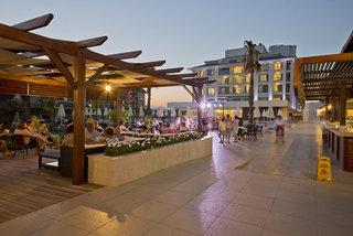 Hotel DAY&NIGHT Connected Club Life BelekBar