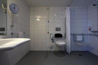 Hotel Intercity Hotel Dresden Badezimmer