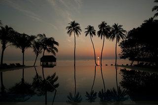 Hotel Meeru Island Resort & Spa Pool