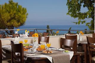 Hotel Oasis Restaurant