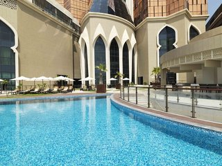 Hotel Bab al Qasr Hotel & Residence Pool