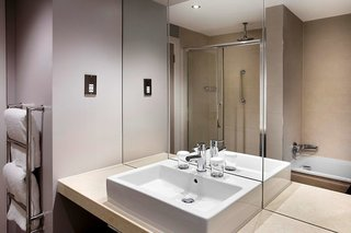 Hotel DoubleTree by Hilton Glasgow Central Badezimmer