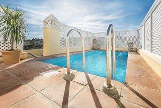 Hotel Colina del Paraiso by Checkin Hoteles Pool
