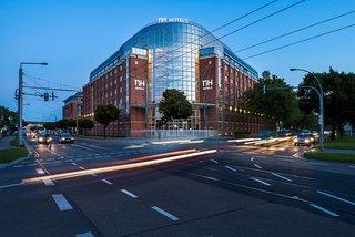 Hotel NH Dresden Neustadt Außenaufnahme
