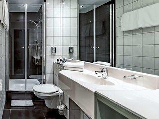 Hotel Mercure Frankfurt City Messe Badezimmer