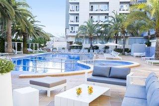 Hotel Cosmopolitan Pool