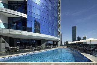 Hotel Radisson Blu Hotel Dubai Waterfront Außenaufnahme