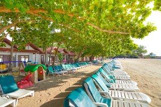 Hotel First Bungalow Beach Resort Strand