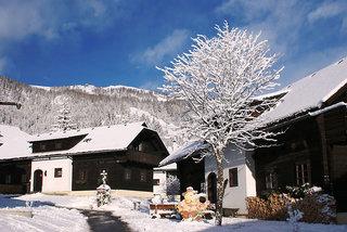 Hotel Feriendorf Kirchleitn - Dorf Kleinwild Außenaufnahme