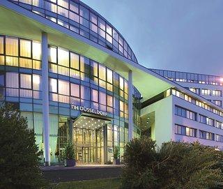 Hotel NH Düsseldorf City Außenaufnahme