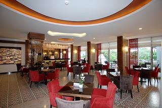 Hotel Grand Okan Bar