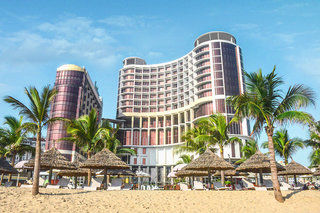 Hotel Holiday Beach Danang Hotel & Spa Außenaufnahme