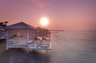 Hotel Titanic Beach Lara Strand