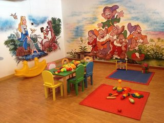 Hotel Beyond Resort Kata Kinder