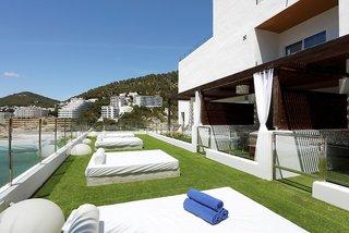Hotel Palladium Cala Llonga - Erwachsenenhotel Terasse