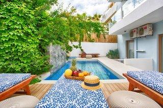 Hotel Serenity Blue Pool