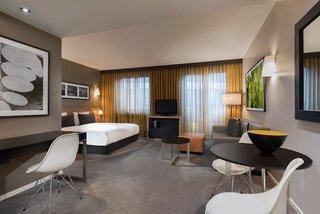 Hotel Adina Apartment Hotel Berlin Mitte Wohnbeispiel