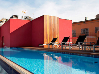Hotel Barcelona Catedral Pool