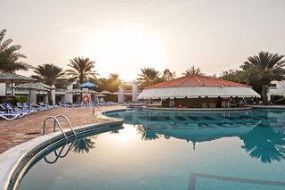 Hotel BM Beach Resort Pool