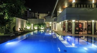 Hotel Colombo Court Hotel & Spa Außenaufnahme