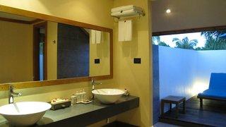 Hotel Canareef Resort Maldives Badezimmer