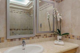 Hotel Lindos Imperial Resort & Spa Badezimmer