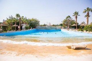 Hotel Titanic Resort & Aqua Park Pool