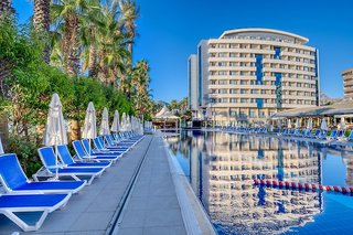 Hotel Porto Bello Resort & Spa Außenaufnahme