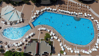 Hotel VONRESORT Golden Beach Pool