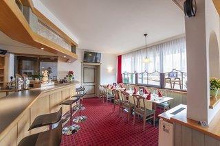 Hotel Alpine Club Bar