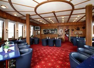 Hotel Botel Albatros Bar