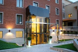 Hotel Occidental Aurelia Außenaufnahme