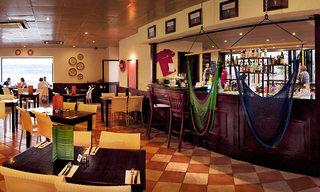 Hotel db Seabank Resort & Spa Bar