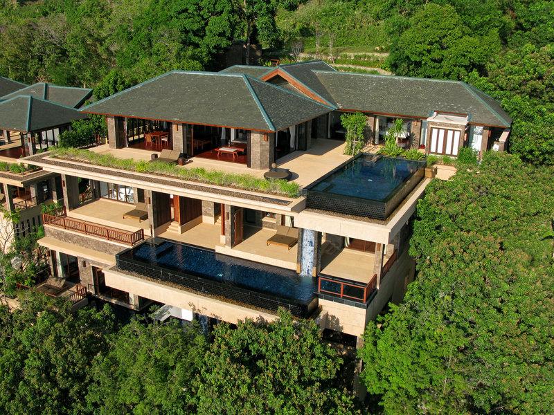Paresa Resort