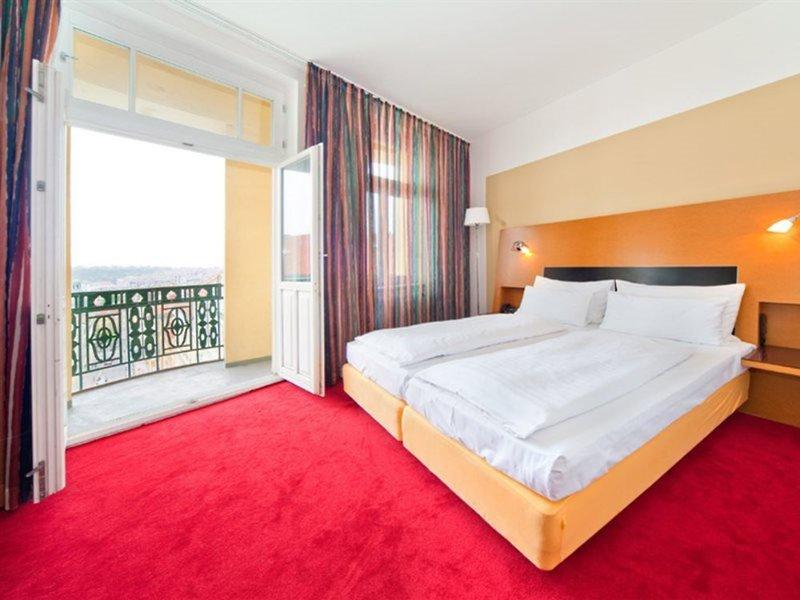 Supergünstige Städtereise Prag im Hotel Theatrino